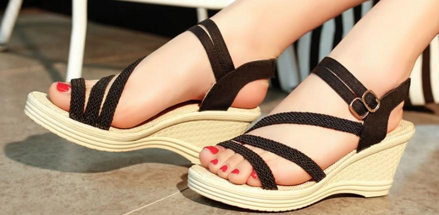 Жіночі босоніжки оптом - стильне взуття для ефектних модниць ... 2f0e19dc4ea77